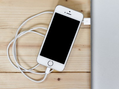 accessories for fast charging of the new iPhones
